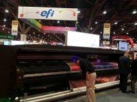 Новые гибкие чернила EFI для печати на ткани в Orbus Exhibit & Display Group.
